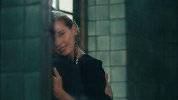 Kohl's TV Spot, 'Simply Vera Vera Wang 10th Anniversary' Feat. Vera Wang - Thumbnail 4
