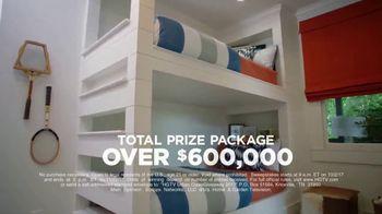 2017 HGTV Urban Oasis Giveaway TV Spot, 'Enter Daily' - Thumbnail 4