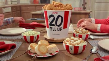 KFC $20 Fill Up TV Spot, 'Full Attention' - Thumbnail 3