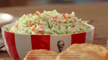 KFC $20 Fill Up TV Spot, 'Full Attention' - Thumbnail 5
