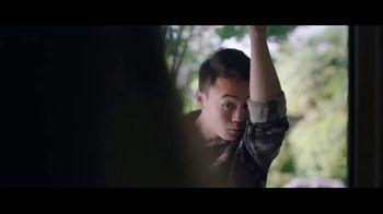 Hanes Fresh IQ TV Spot, 'Basta de auto olerte' [Spanish] - Thumbnail 2