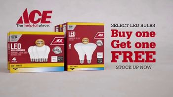 ACE Hardware LED Light Bulb Sale TV Spot, 'No Limit' - Thumbnail 3