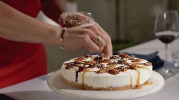 Fisher Pecan Halves TV Spot, 'Food Network: Pecan Turtle Ice Cream Cake' - Thumbnail 9