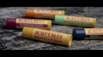 Burt's Bees Beeswax Lip Balm TV Spot, 'Be a True Force of Nature' - Thumbnail 7