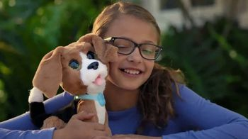 FurReal Chatty Charlie TV Spot, 'The Barkin' Beagle' - Thumbnail 8