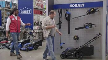 Lowe's TV Spot, 'Backyard Moment: Leaf Blower' - Thumbnail 5
