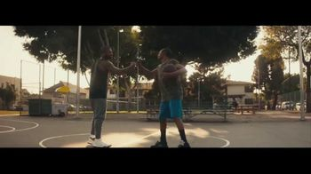 NBA 2K18 TV Spot, 'Neighbors' Ft. Paul George, Isaiah Thomas, Kyrie Irving - Thumbnail 6