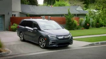 2018 Honda Odyssey Elite TV Spot, 'Now Boarding' [T1] - Thumbnail 9
