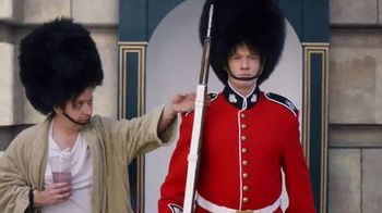 GEICO TV Spot, 'Casual Friday at Buckingham Palace' - Thumbnail 2
