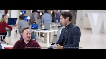Verizon TV Spot, 'Google Pixel 2' Featuring Thomas Middleditch - Thumbnail 5