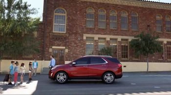 2018 Chevrolet Equinox LT TV Spot, 'Everybody, Everywhere' [T2] - Thumbnail 2