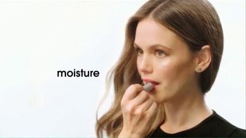 ChapStick Total Hydration TV Spot, 'Enhance Your Natural Lip Color'