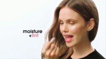 ChapStick Total Hydration TV Spot, 'Enhance Your Natural Lip Color' - Thumbnail 8