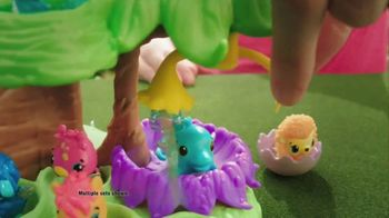 Hatchimals CollEGGtibles Hatchery Nursery TV Spot, 'Love' - Thumbnail 8