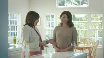 Clorox Cleaner + Bleach TV Spot, 'On Kitchen Stains' Featuring Nora Dunn - Thumbnail 4