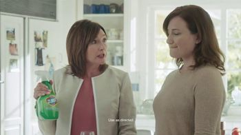 Clorox Cleaner + Bleach TV Spot, 'On Kitchen Stains' Featuring Nora Dunn - Thumbnail 7