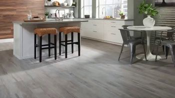 Lumber Liquidators TV Spot, 'Fall Flooring Trends: Cypress & Maple' - Thumbnail 1