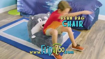 FlipaZoo Combo TV Spot, 'Slippers, Towel and Bean Bag Chair' - Thumbnail 5