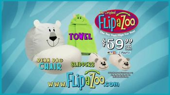 FlipaZoo Combo TV Spot, 'Slippers, Towel and Bean Bag Chair' - Thumbnail 7