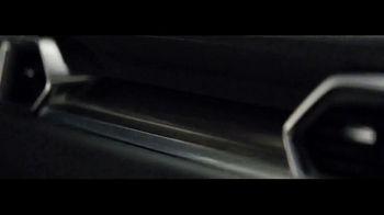 2017 Mazda CX-5 TV Spot, 'Details' [T1] - Thumbnail 2