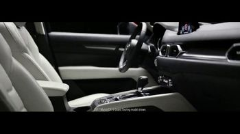 2017 Mazda CX-5 TV Spot, 'Details' [T1] - Thumbnail 4
