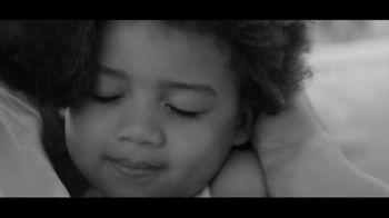 Calvin Klein Eternity TV Spot, 'Heart' Featuring Jake Gyllenhaal - Thumbnail 8
