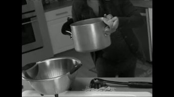 Red Copper Better Pasta Pot TV Spot, 'Time to Strain' Feat. Cathy Mitchell - Thumbnail 1