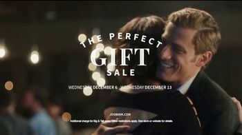 JoS. A. Bank Perfect Gift Sale TV Spot, 'Executive Suits and Dress Shirts' - Thumbnail 7