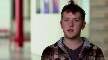 BTN LiveBIG TV Spot, 'Inside Wisconsin's Leading-Edge Glass Lab' - Thumbnail 8