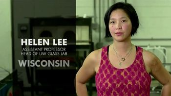 BTN LiveBIG TV Spot, 'Inside Wisconsin's Leading-Edge Glass Lab' - Thumbnail 3