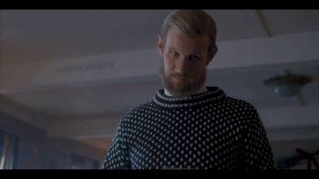 Netflix TV Spot, 'The Crown Season Two: Change' Song by The Flamingos - Thumbnail 6