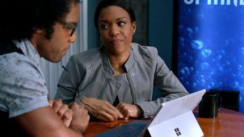 Microsoft Surface TV Spot, 'Lethal Weapon: Yeti' Feat. Johnathan Fernandez - Thumbnail 10