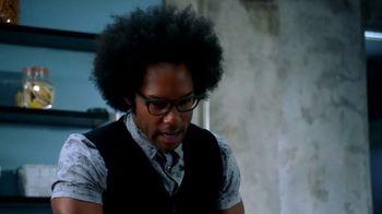 Microsoft Surface TV Spot, 'Lethal Weapon: Yeti' Feat. Johnathan Fernandez - Thumbnail 7