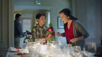 Fred Meyer Jewelers TV Spot, 'Celebrate the Holidays' - Thumbnail 2