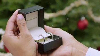 Fred Meyer Jewelers TV Spot, 'Celebrate the Holidays' - Thumbnail 6