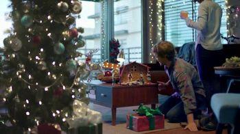 The Home Depot TV Spot, 'Juntos: árboles recién cortados' [Spanish]
