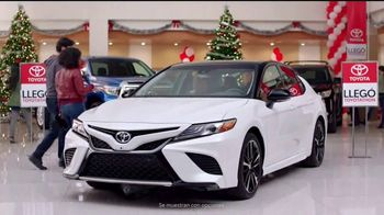 Toyota Toyotathon TV Spot, 'Celebrar las fiestas' [Spanish] [T1] - Thumbnail 3