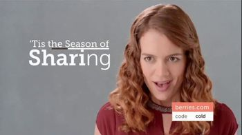 Shari's Berries TV Spot, 'The Season's Most Unforgettable Gifts' - Thumbnail 4