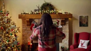 Cabela's Christmas Sale TV Spot, 'Deck the Halls: Men's Camo'