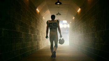 GEICO Homeowners Insurance TV Spot, 'Inside the Tunnel: Luke Kuechly' - 10 commercial airings