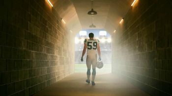 GEICO Homeowners Insurance TV Spot, 'Inside the Tunnel: Luke Kuechly' - Thumbnail 3