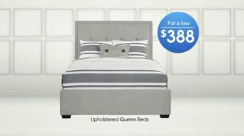 Rooms to Go TV Spot, 'Upholstered Queen Beds' - Thumbnail 5