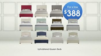 Rooms to Go TV Spot, 'Upholstered Queen Beds' - Thumbnail 8
