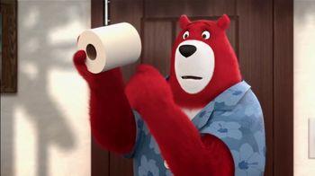 Charmin Ultra Strong TV Spot, 'Bears Experience Hotel Terror' - Thumbnail 4