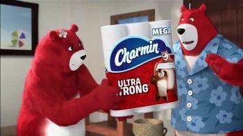 Charmin Ultra Strong TV Spot, 'Bears Experience Hotel Terror' - Thumbnail 5