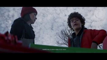 Fios by Verizon TV Spot, 'Holiday Haul' Featuring Gaten Matarazzo - Thumbnail 5