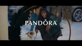 Pandora TV Spot, 'DO Wonderful Gifts: Free Bangle' Song by Daniel Farrant - Thumbnail 2