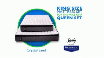 Rooms to Go Mattress Month TV Spot, 'King for a Queen Price'