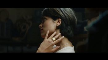 Pandora TV Spot, 'DO Wonderful Gifts: Free Hearts Bangle'
