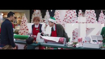 Verizon TV Spot, 'Wrapping Paper: Pixel' Featuring Thomas Middleditch - Thumbnail 4